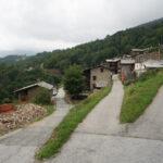 Un cantiere lungo le strada di una frazione- Ostana- Bernardi- Davide Curatola Soprana