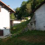 L'espace entre les habitations du centre historique. Rittana. Davide Curatola Soprana