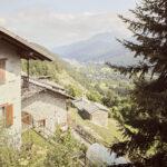 Roccia Villaretto vue de Foresto. Sampeyre. Foresto. +1200 m altitude. Alessandro Guida