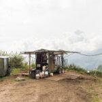 Équipment pour la traite all'aperto. Castelmagno. Borgata Valliera. Davide Curatola Soprana