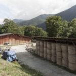 Étable et équipments de travail. Sampeyre. Borgata Roccia. +1100m altitItude. Isabella Sassi Farìas
