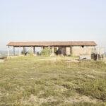 une maison rurale abandonnée. Alba. Azienda vitivinicola Ceretto. Alessandro Guida