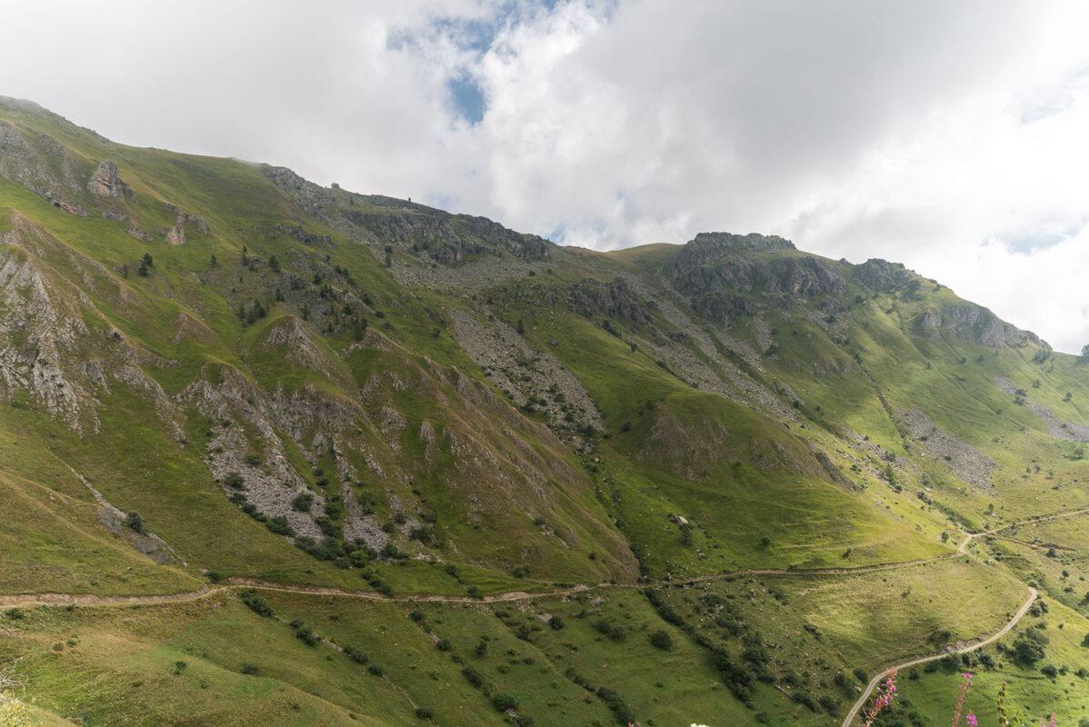 La nuova strada per il pascolo verso le alte quote- Castelmagno- Borgata Valliera- Davide Curatola Soprana