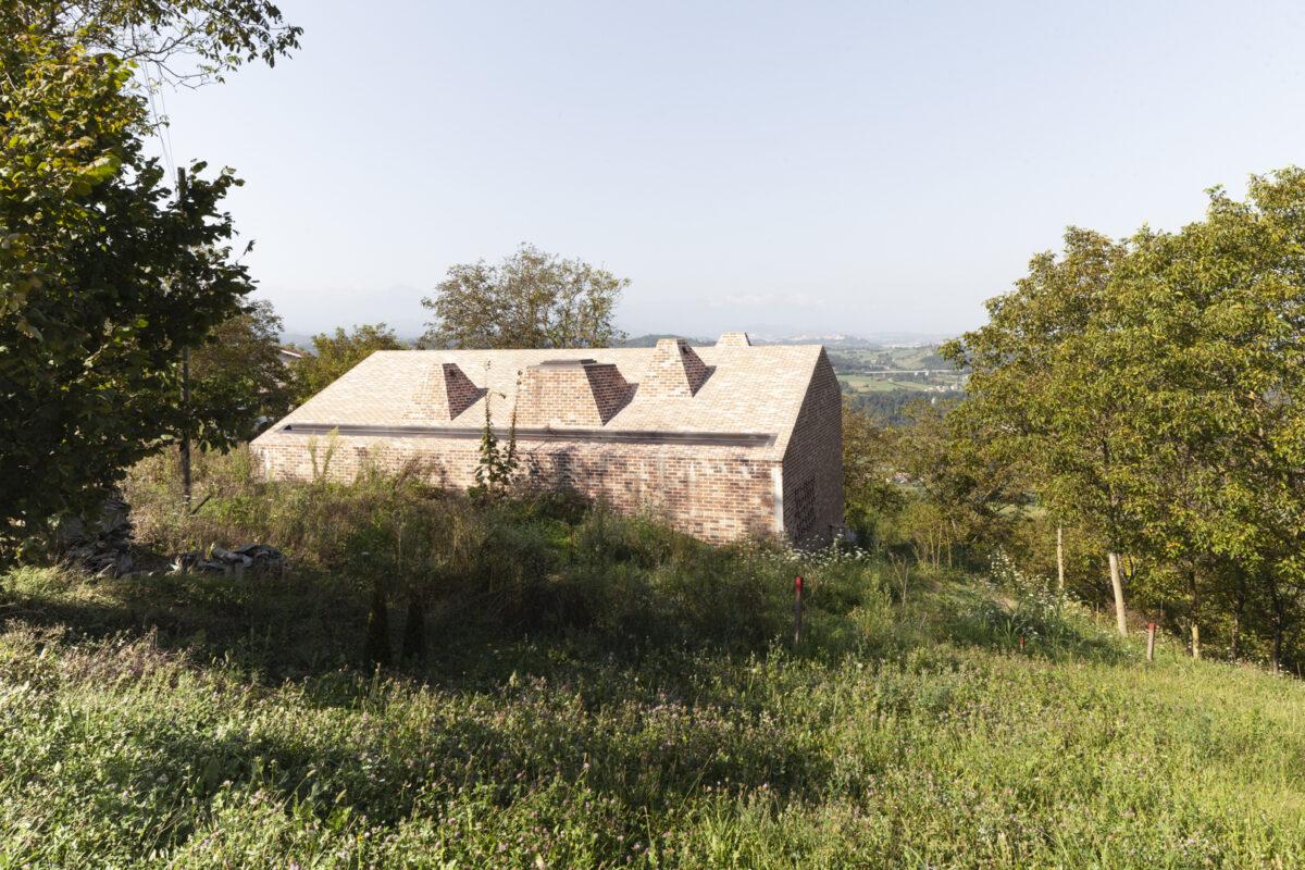 Una finestra sulle Langhe-Vista dalla strada-Cigliè-Isabella Sassi Farìas